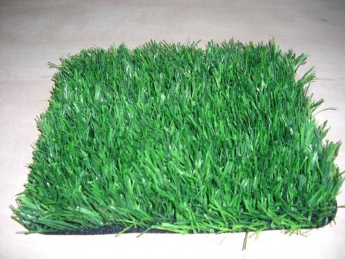 Из чего сделать искусственный газон